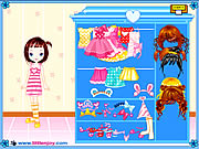 Click to Play Little Doll Girl Dressup
