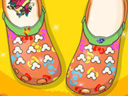 Click to Play Crocs Fashion Shoes